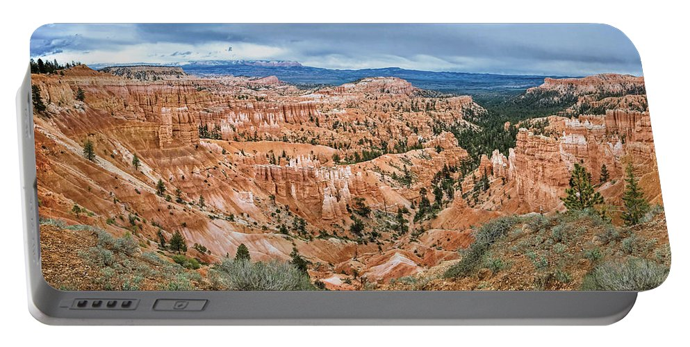 Bryce Amphitheater Portable Battery Charger featuring the digital art Bryce Amphitheater by Anita Hubbard