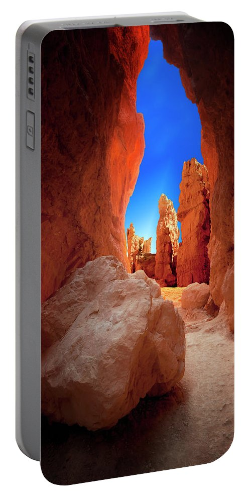 Bryce Canyon National Park Portable Battery Charger featuring the photograph Bryce Canyon Narrows by Gary Warnimont