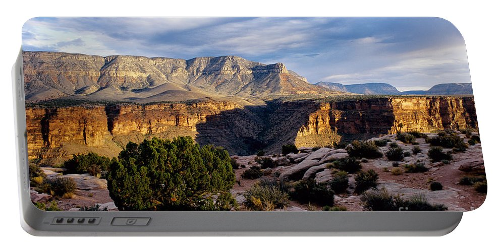 Toroweap Portable Battery Charger featuring the photograph Canyon Walls At Toroweap by Kathy McClure