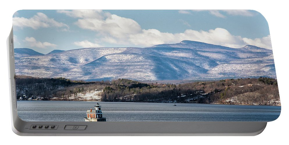Hudson Portable Battery Charger featuring the photograph Catskill Mountains With Lighthouse by Nancy De Flon