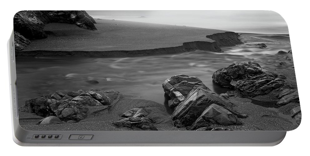 Oregon Portable Battery Charger featuring the photograph Central Oregon Coast by Leland D Howard