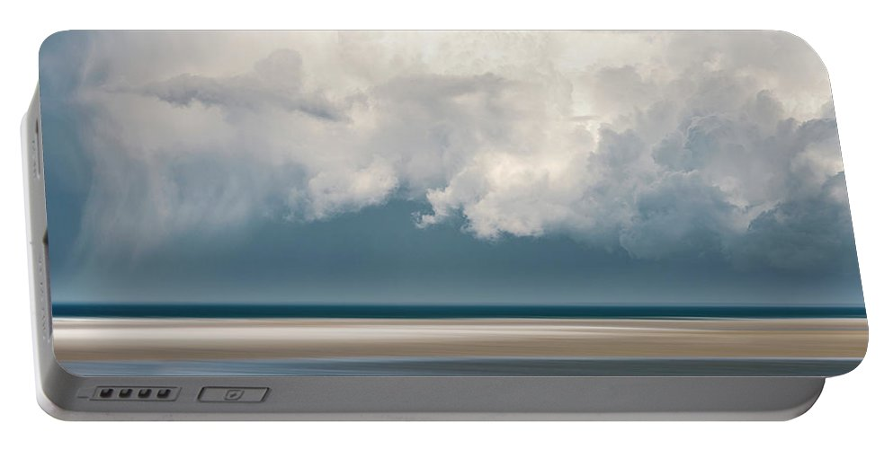 Usa Portable Battery Charger featuring the photograph Chapin Beach 3 by John Whitmarsh