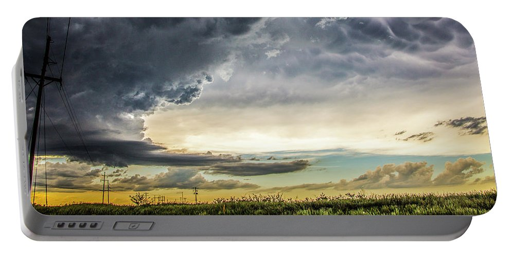 Nebraskasc Portable Battery Charger featuring the photograph Chasing Nebraska Stormscapes 047 by NebraskaSC