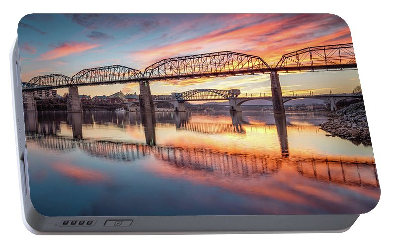 Chattanooga Portable Battery Charger featuring the photograph Chattanooga Sunset 5 by Steven Llorca