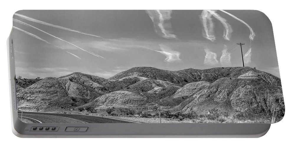Valley Of Fire Portable Battery Charger featuring the photograph Chem Trails Over Valley Of Fire Black White by Chuck Kuhn