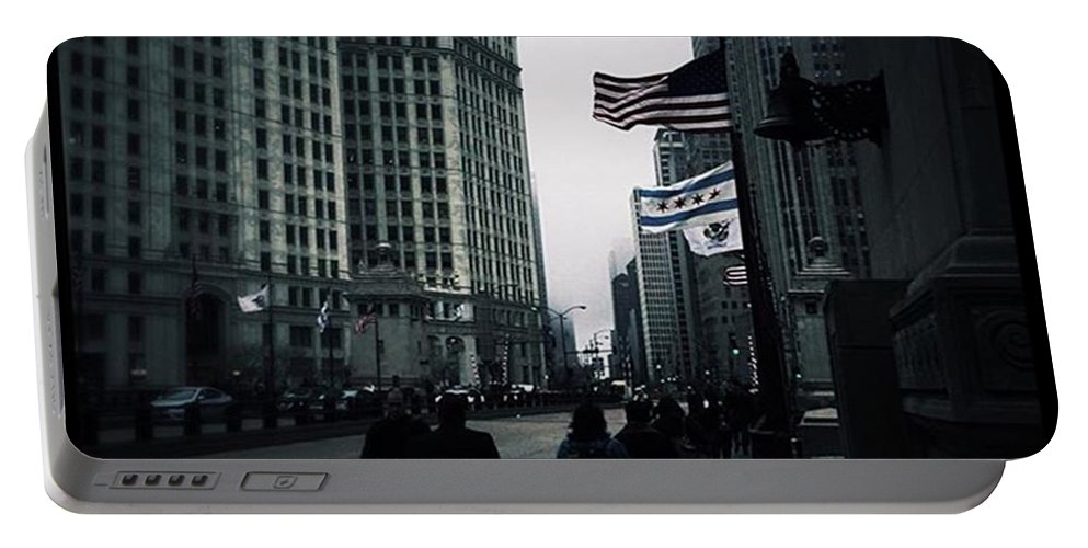 Illinois Portable Battery Charger featuring the photograph Chicago City Fog by Frank J Casella
