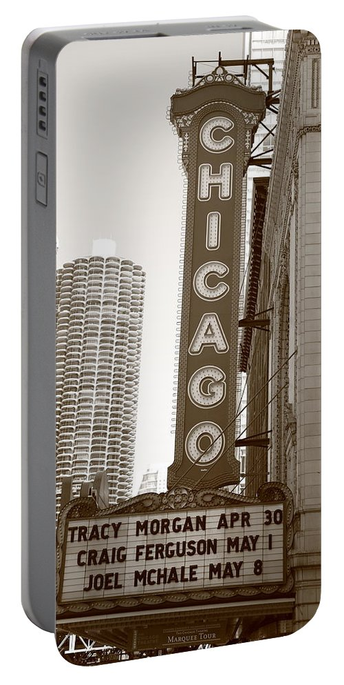 America Portable Battery Charger featuring the photograph Chicago Theater by Frank Romeo