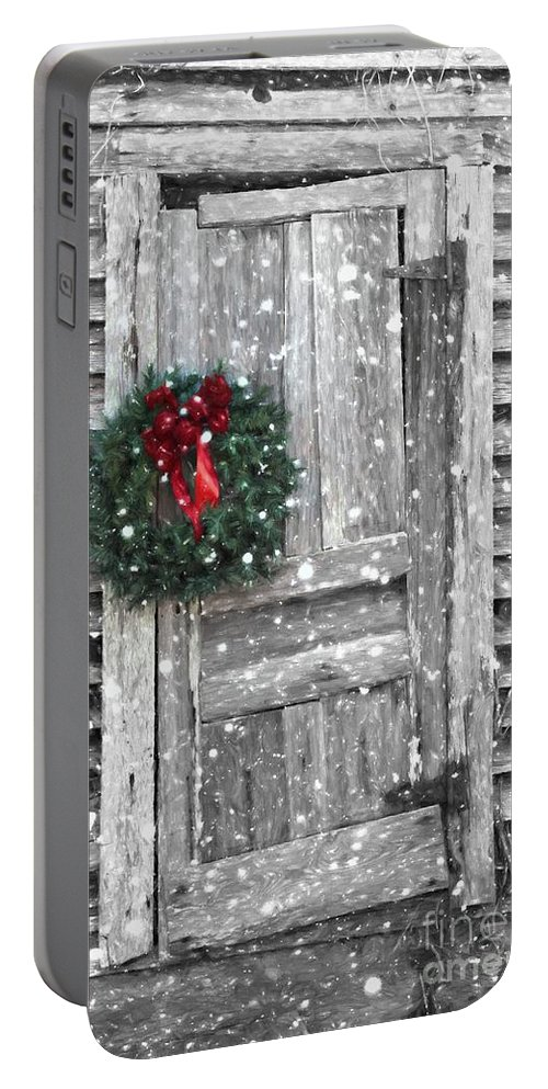 Christmas Card Portable Battery Charger featuring the photograph Christmas At The Farm by Benanne Stiens