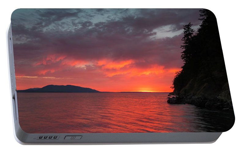Bellingham Portable Battery Charger featuring the photograph Chuckanut Bay Panorama by Ryan McGinnis