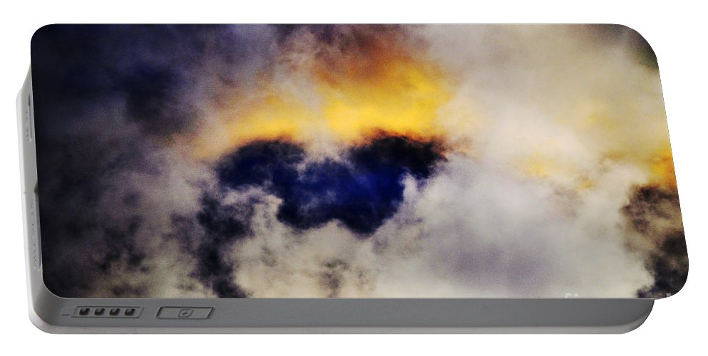 Clay Portable Battery Charger featuring the photograph Cloud Sculping by Clayton Bruster