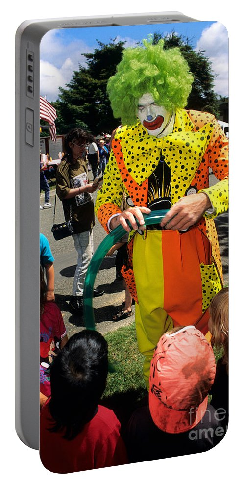 Clown Portable Battery Charger featuring the photograph Clown Entertaining Kids by Inga Spence