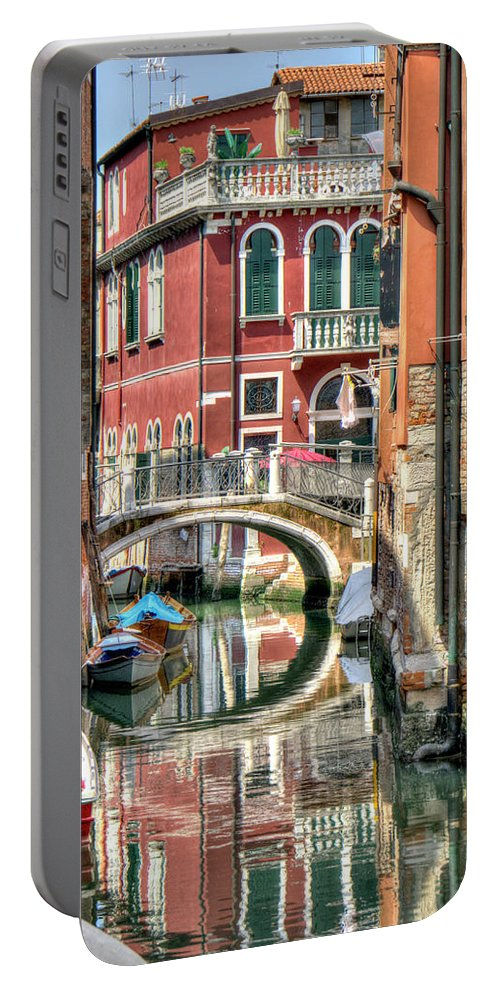 Venice Portable Battery Charger featuring the photograph Colorful Venice by Alan Toepfer
