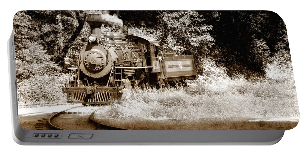 Train Portable Battery Charger featuring the photograph Comin Round The Mountain by Donna Blackhall