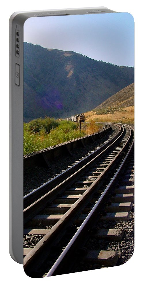 Train Portable Battery Charger featuring the photograph Coming Round The Bend by Pat Turner