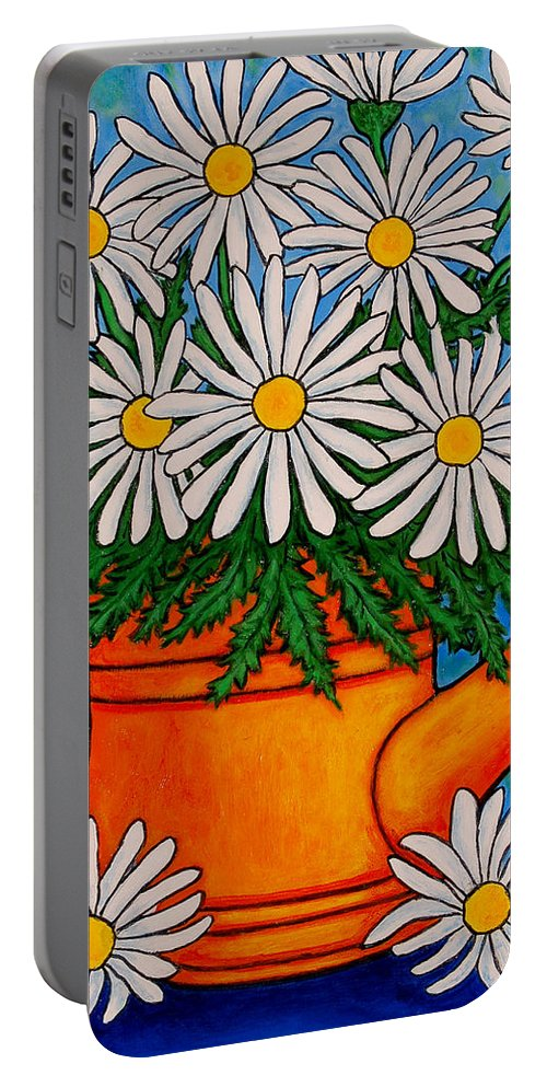 Daisies Portable Battery Charger featuring the painting Crazy For Daisies by Lisa Lorenz