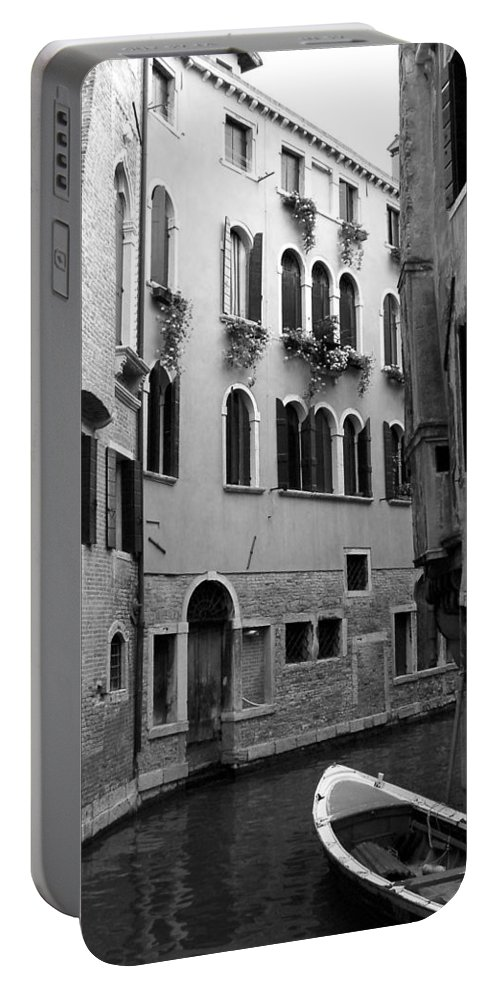 Venice Portable Battery Charger featuring the photograph Curved Canal by Donna Corless