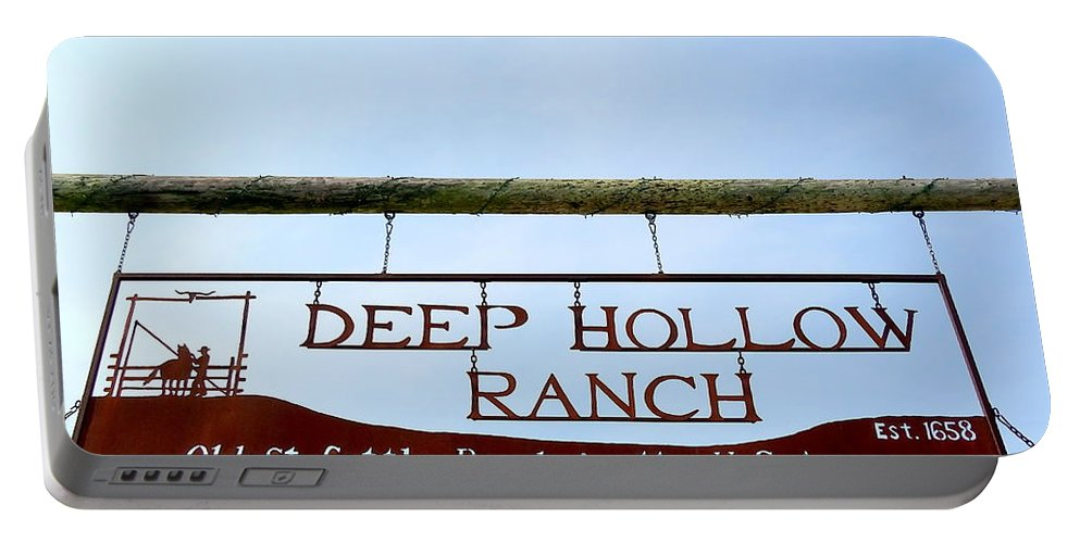 Sign Portable Battery Charger featuring the photograph Deep Hollow Ranch by Ed Weidman