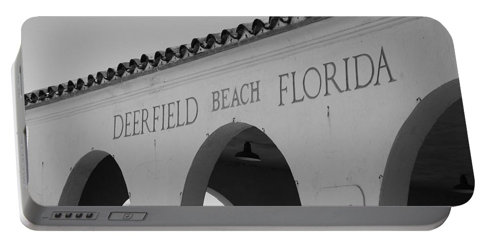 Black And White Portable Battery Charger featuring the photograph Deerfield Beach Florida by Rob Hans