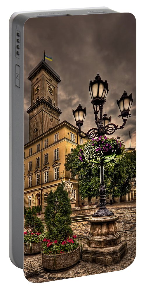 Cobble Portable Battery Charger featuring the photograph Delicately Peaceful by Evelina Kremsdorf
