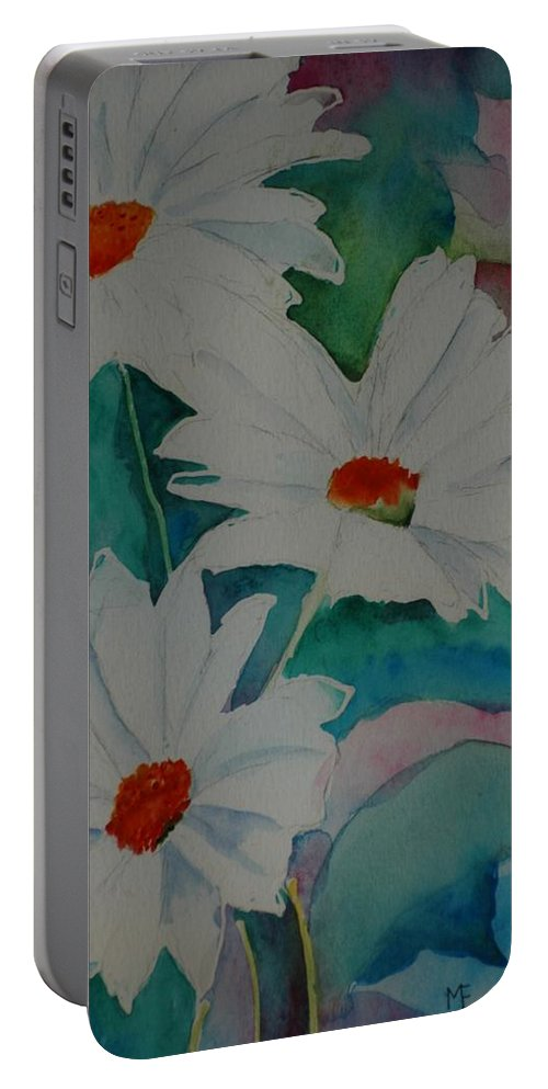 Daisies Portable Battery Charger featuring the painting Devin's Dasies by Melinda Etzold