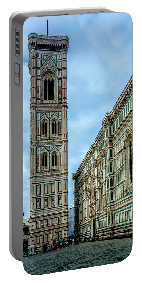 Cathedral Portable Battery Charger featuring the photograph Dom Of Florence by Wolfgang Stocker
