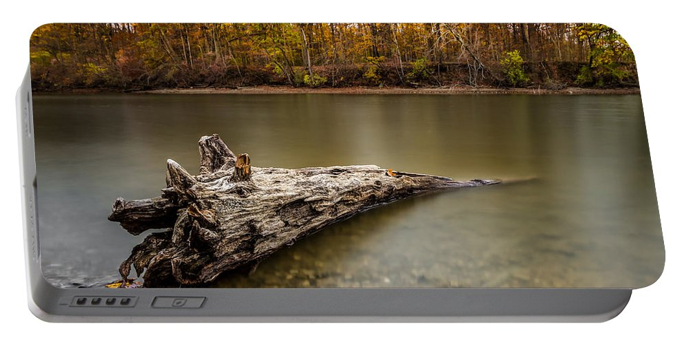 Autumn Portable Battery Charger featuring the photograph Eagle Creek Park by Ron Pate