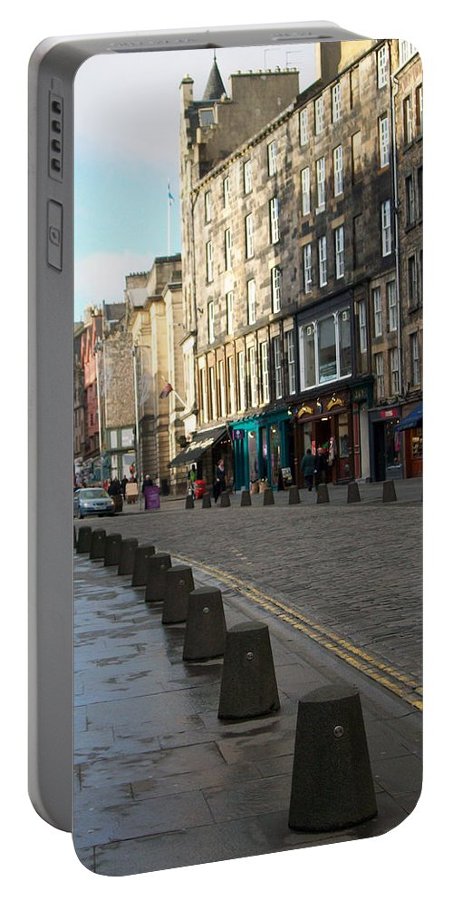 Scotland Portable Battery Charger featuring the photograph Edinburgh Royal Mile Street by Munir Alawi