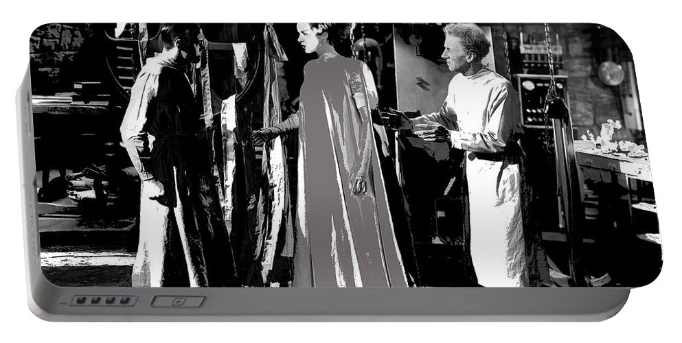 Elsa Lanchester Bride Of Frankenstein 4 1935 Portable Battery Charger featuring the photograph Elsa Lanchester Bride Of Frankenstein 4 1935-2015 by David Lee Guss
