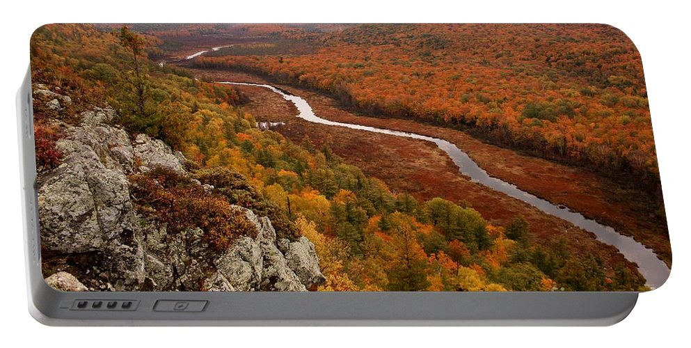 Porquipine Mountains Portable Battery Charger featuring the photograph Fall Colors - Lake Of The Clouds by Angie Schutt