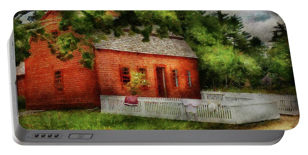 Suburbanscenes Portable Battery Charger featuring the photograph Farm - Barn - A Small Farm House by Mike Savad