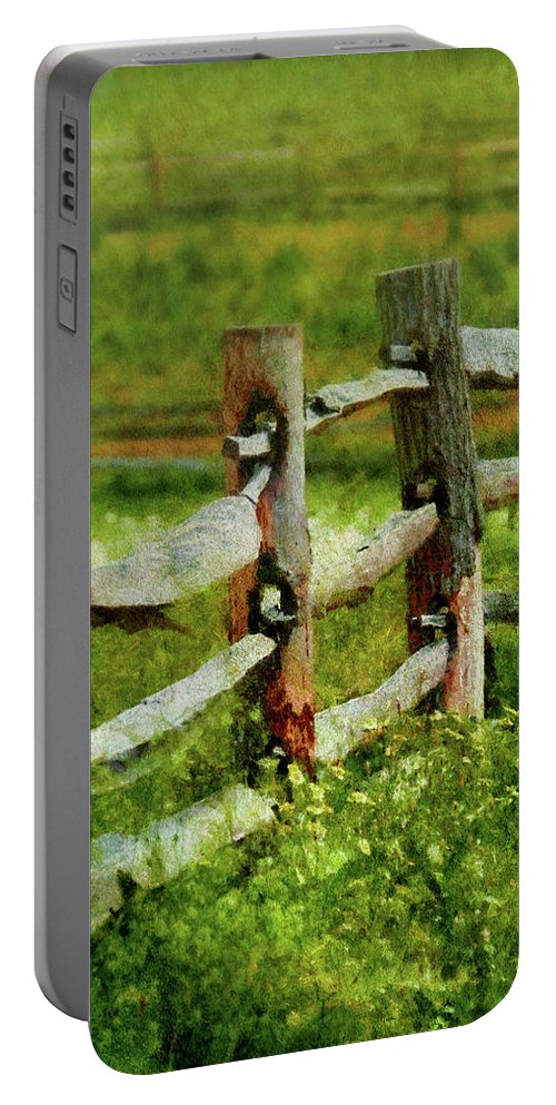 Suburbanscenes Portable Battery Charger featuring the photograph Farm - Fence - The Old Fence Post by Mike Savad