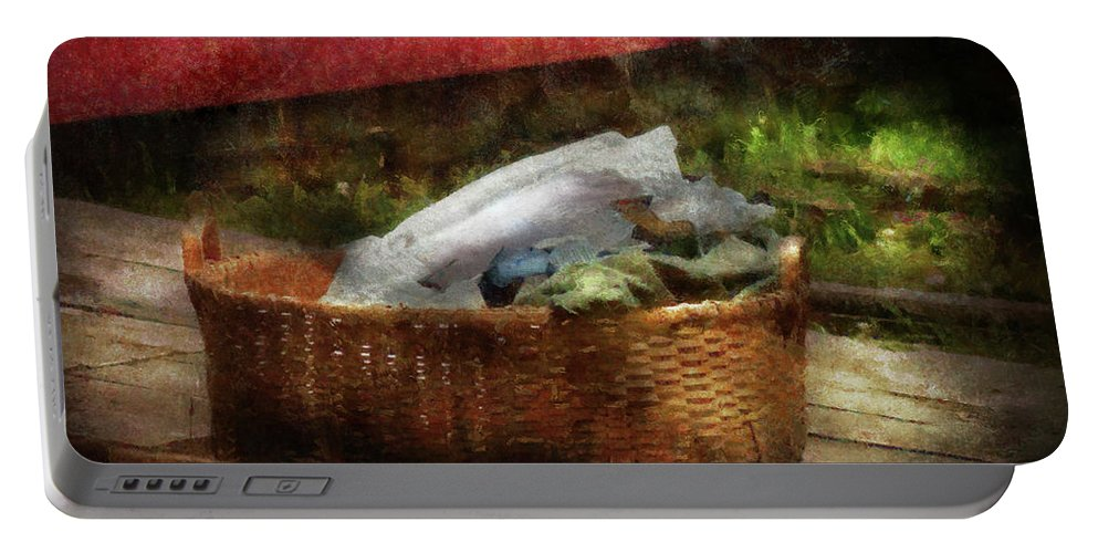 Suburbanscenes Portable Battery Charger featuring the photograph Farm - Laundry by Mike Savad