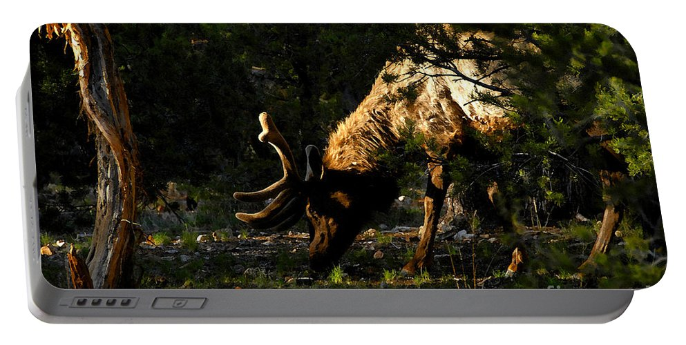 Elk Portable Battery Charger featuring the painting Feeding Elk by David Lee Thompson