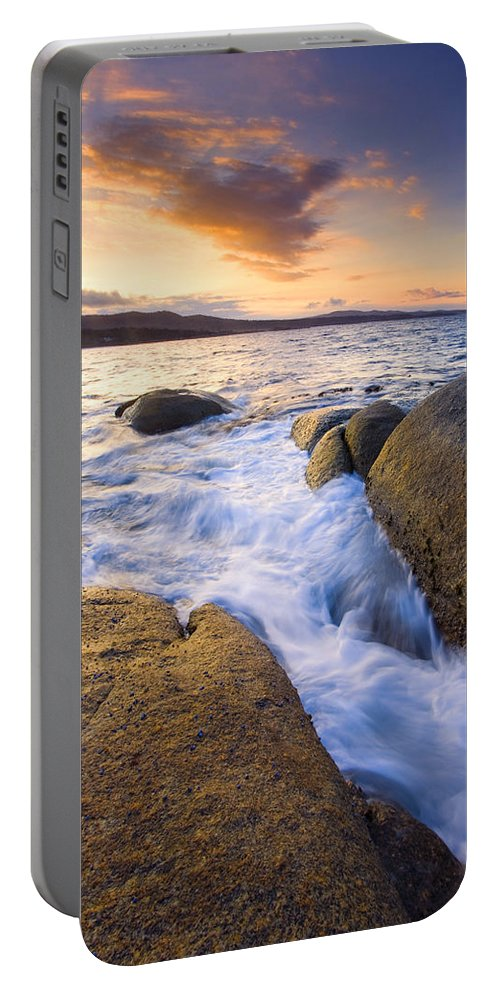 Tasmania Portable Battery Charger featuring the photograph Finding The Seams by Mike Dawson