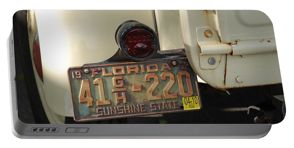 Truck Portable Battery Charger featuring the photograph Florida Dodge by Rob Hans