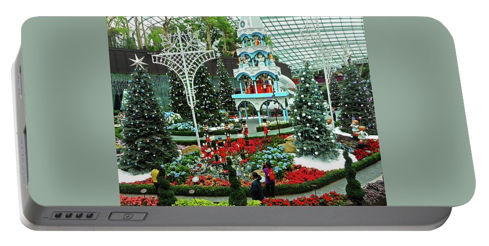 The Dooms Portable Battery Charger featuring the photograph Flower Dome 29 by Ron Kandt