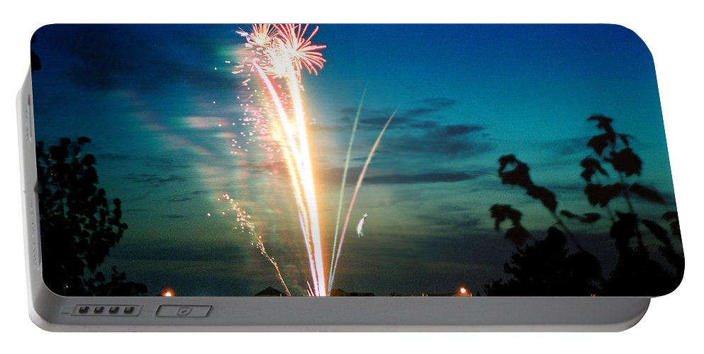 Landscape Portable Battery Charger featuring the photograph Fourth Of July by Steve Karol