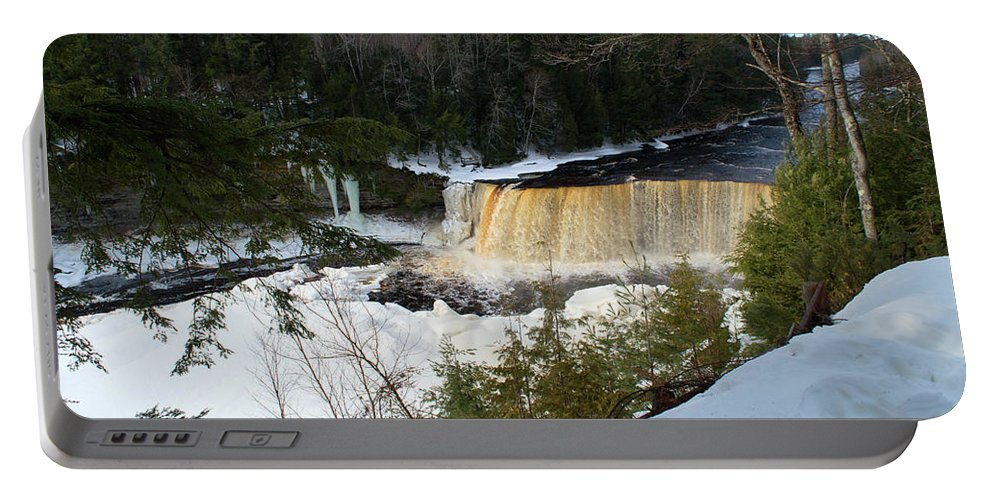 Tahquamenon Falls Portable Battery Charger featuring the photograph Freezing by Linda Kerkau