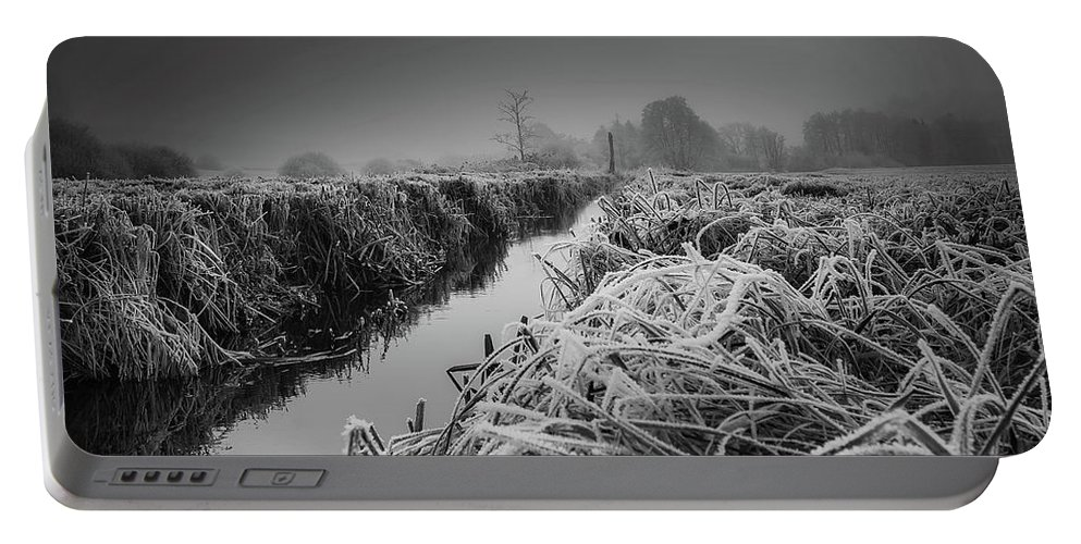 Frost Portable Battery Charger featuring the photograph Frosty Field by Der Typ Von Nebenan