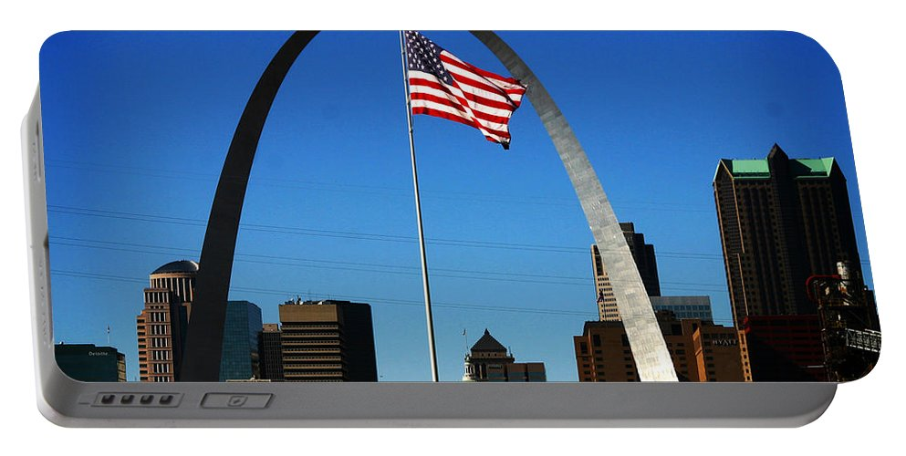 Arch Portable Battery Charger featuring the photograph Gateway To The West by Anthony Jones