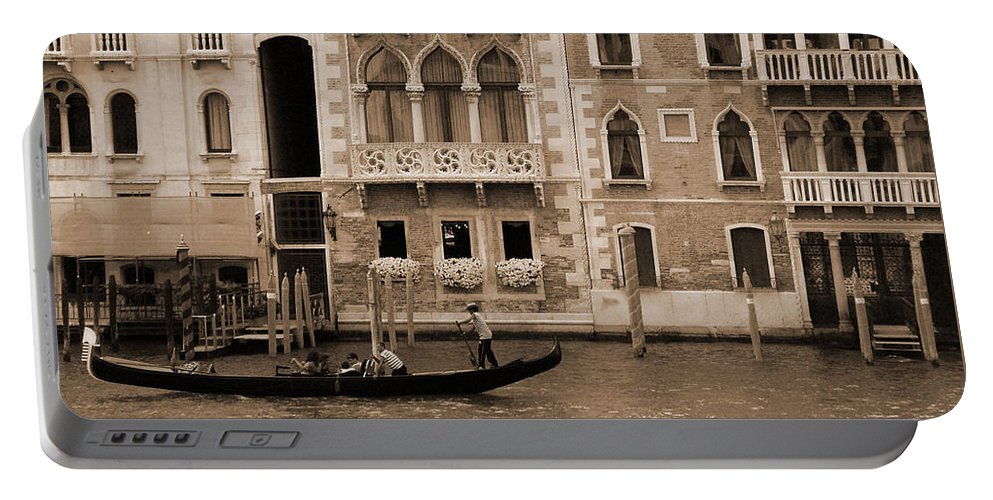 Gondola Portable Battery Charger featuring the photograph Gondola Crossing Grand Canal by Donna Corless
