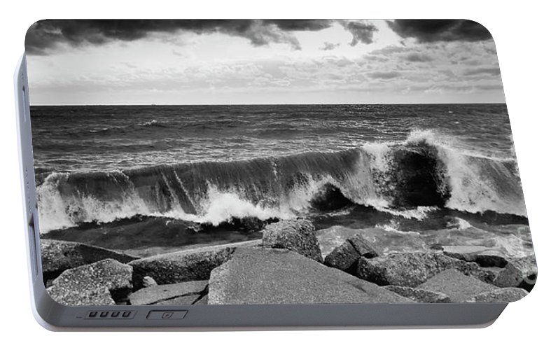 Samsung Portable Battery Charger featuring the photograph Good Morning In Black And White by Ricky L Jones