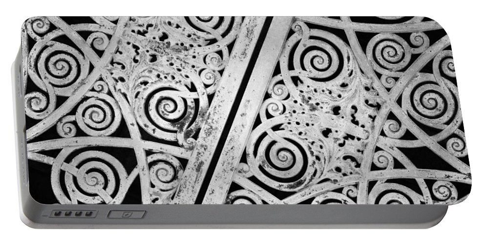 Graceland Cemetery Portable Battery Charger featuring the photograph Graceland Cemetery Gate by Kyle Hanson