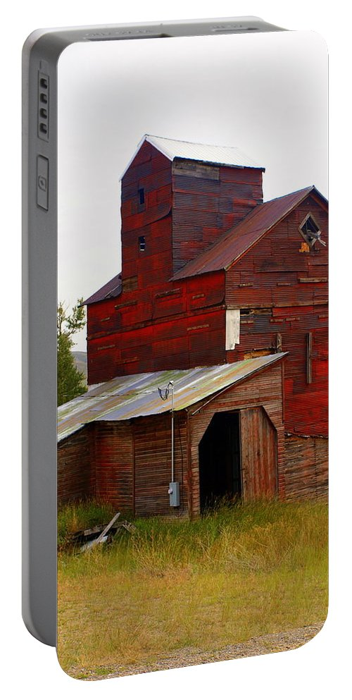 Grane Elevator Portable Battery Charger featuring the photograph Grain Elevator by Marty Koch