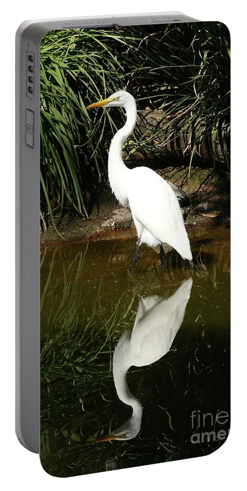 Great Egret Portable Battery Charger featuring the photograph Great Egret by Gregory E Dean