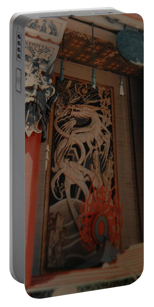 Grumanns Chinese Theater Portable Battery Charger featuring the photograph Grumanns Chinese Theater by Rob Hans