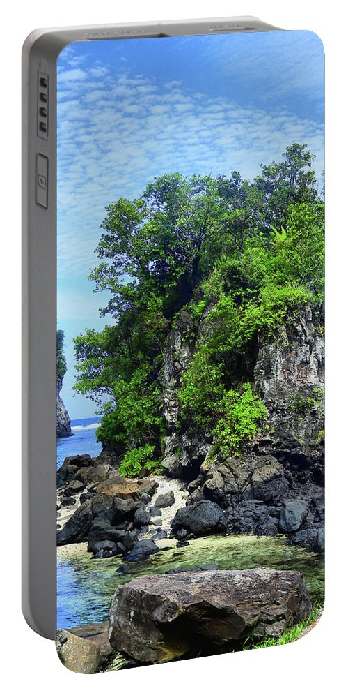 American Portable Battery Charger featuring the photograph Hats Solo by Laura Ragland