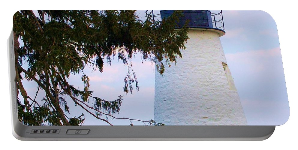 Lighthouse Portable Battery Charger featuring the photograph Havre de Grace Lighthouse by Debbi Granruth