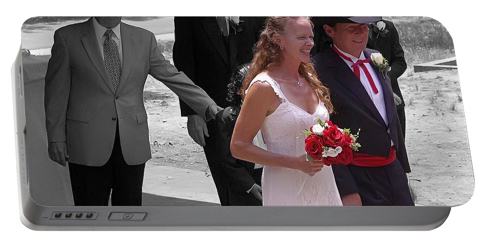 2d Portable Battery Charger featuring the photograph Helen And Bob by Brian Wallace