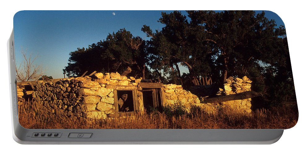 Landscape Portable Battery Charger featuring the photograph Highway 30 Homestead by Jerry McElroy